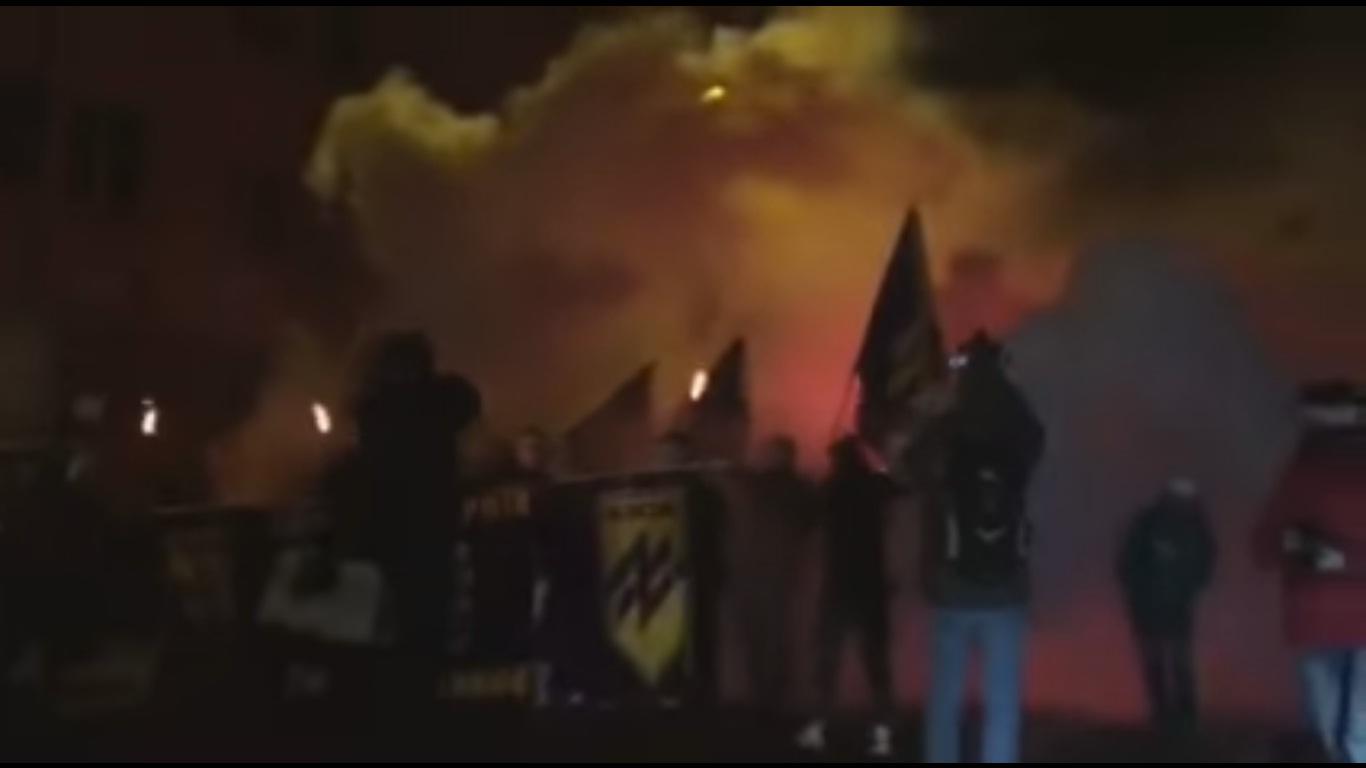 """Акція протесту на підтримку політв""""язнів біля СБУ у Лвові (ВІДЕО)"""