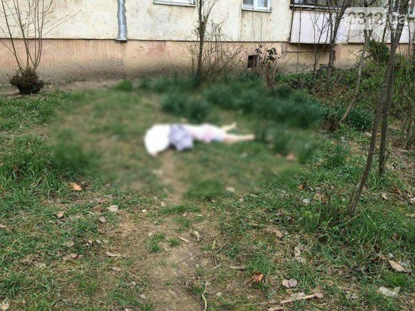 Жахливе самогубство – з 9 поверху викинулася молода жінка (ФОТО)