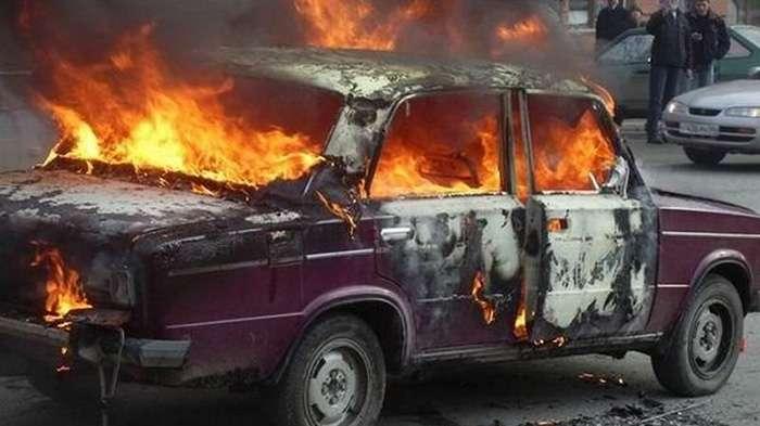 На Луганщине взорвался автомобиль с бойцом ВСУ