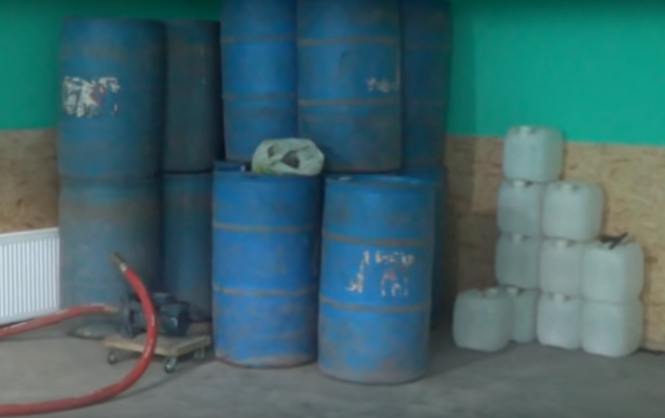 У Кіровограді СБУ припинила роботу підпільного горілчаного виробництва (Відео)