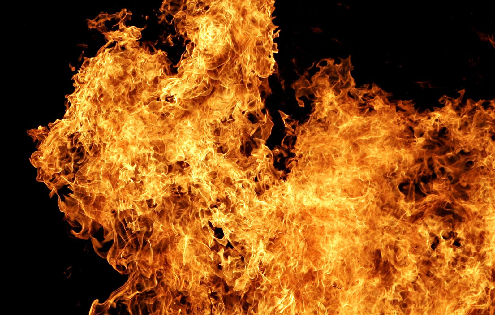Во Львовской области горело общежитие, госпитализированы четыре человека