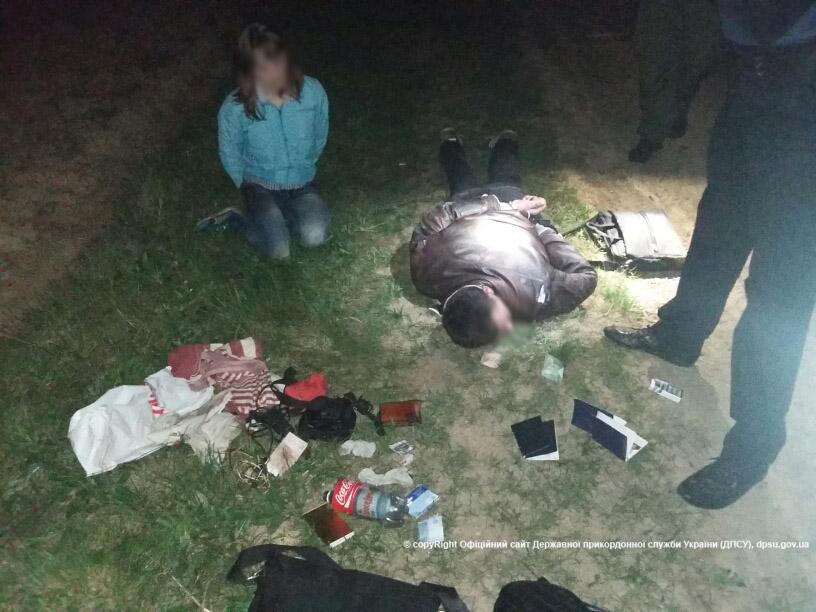 На кордоні взяли подружжя підозрюваних у подвійному вбивстві