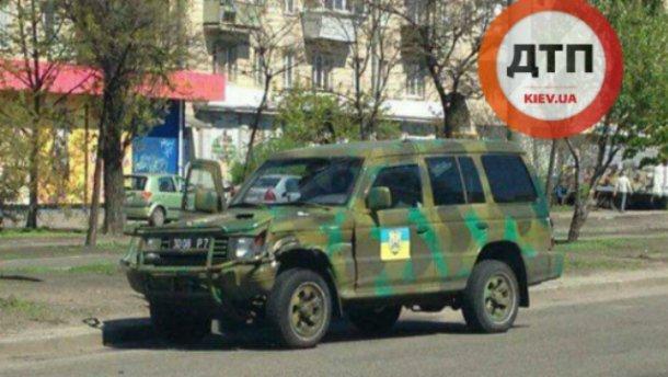 Джип добровольческого батальона попал в ДТП: появились фото