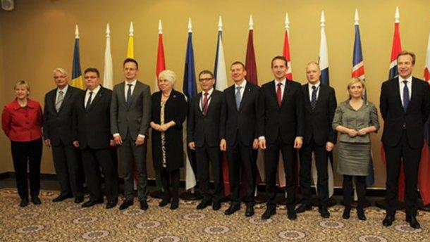 Министры 12 стран призвали не медлить с безвизовым режимом для украинцев