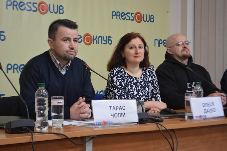 В сомнительных «новостройках» в центре Львова общественные активисты видят все признаки коррупции
