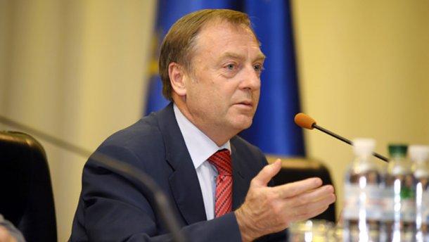 Екс-міністру часів Януковича повернули закордонний паспорт
