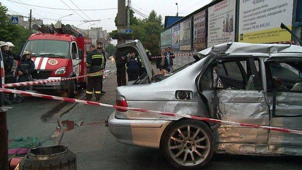 Двоє загиблих у вінницькій аварії виявились поліцейськими