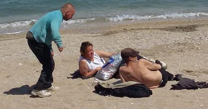 «Турист попер!»: Крымчанка выложила фото оккупированных пляжей