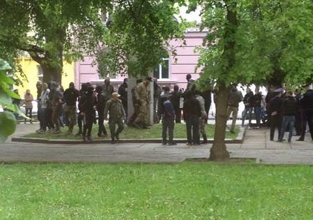 Двоє поліцейських постраждали і двох осіб затримали під час сутичок у Львові