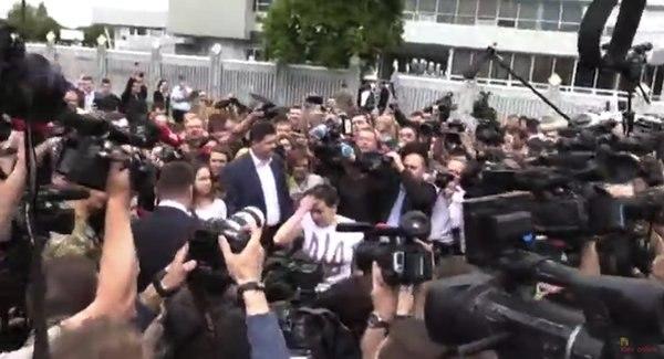 Путін зламався: президент Росії підписав указ про помилування Савченко  (ФОТО)