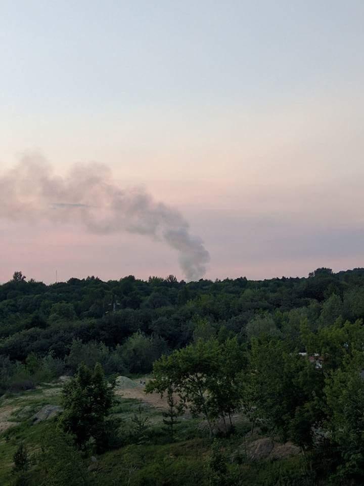 Поблизу Львова горить Грибовецьке сміттєзвалище  (ФОТО)