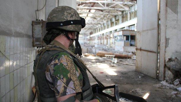 Бойовики застосували важке озброєння: ситуація складна