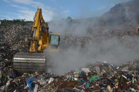 Правоохоронці назвали дві версії зсуву на Грибовицькому сміттєзвалищі