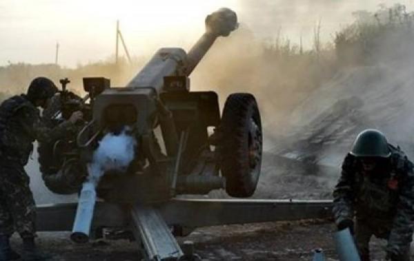 Снайпери бойовиків ведуть обстріли на всіх напрямках