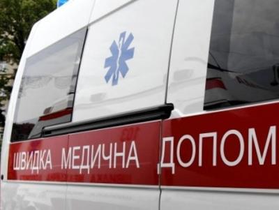 На Львівщині семеро людей отруїлися курами-гриль