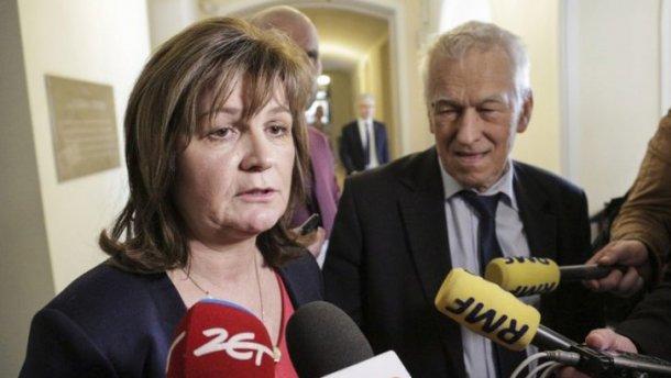 """Польському депутату загрожує ув'язнення через """"кнопкодавство"""""""