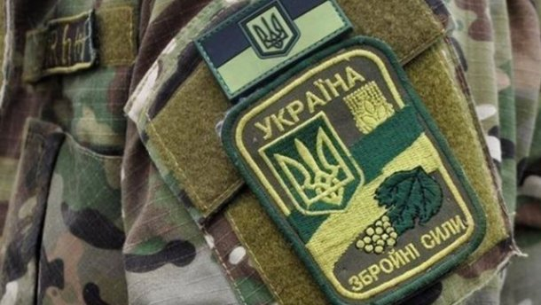Призовник вистрибнув із вікна військкомату у Києві