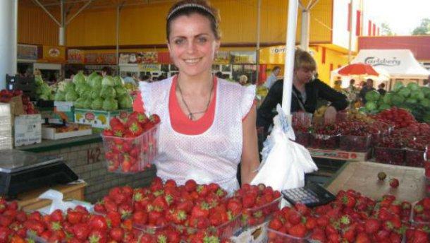 В Україні несподівано подорожчали ягоди та овочі