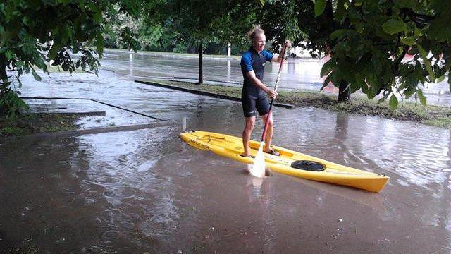 Місто на Одещині пішло під воду (ВРАЖАЮЧІ ФОТО)