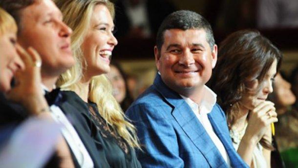 Онищенко полетел в Монако, — журналист