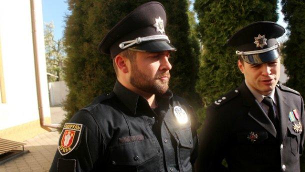 Невідомий з ножем накинувся на головного поліцейського Волині