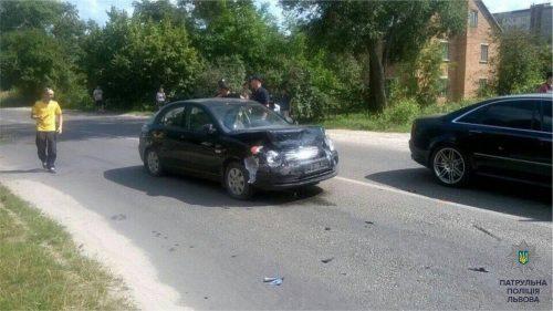 «Вгашений» водій під час втечі збив полісмена і скоїв ще одну аварію (ФОТО)