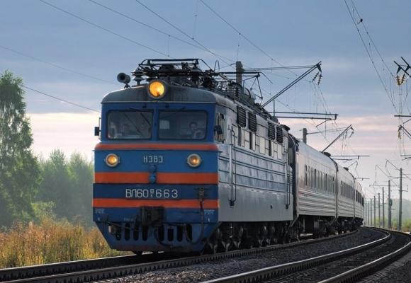 На Полтавщині під колесами потяга загинув підліток