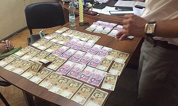 В Одесі на хабарі затримали декана одного з вишів