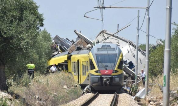 Зіткнення поїздів в Італії: кількість жертв перевищила 10 осіб (ФОТО)
