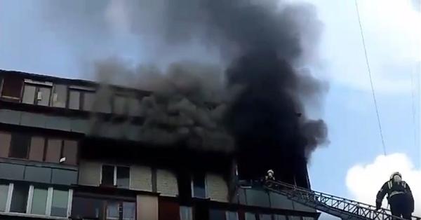 У Києві під час пожежі у багатоповерхівці згоріли дві людини
