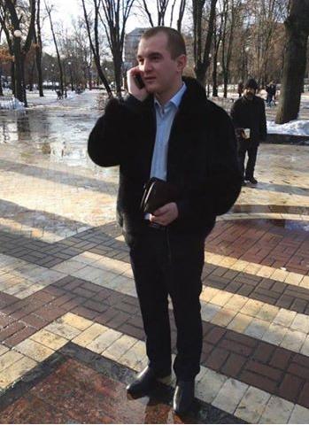 Депутата райради, який влаштував п'яне ДТП під Києвом, затримали