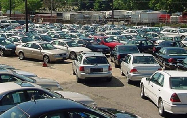 Вживані автомобілі стануть доступнішими для українців
