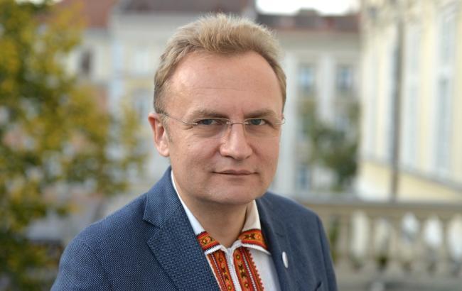 Чиновники Садового вкрали 2 млн грн