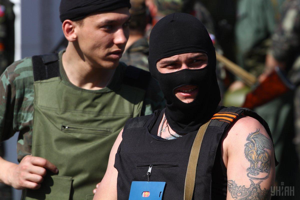 Бойовики обстріляли автомобіль з українськими спостерігачами СЦКК (ФОТО)