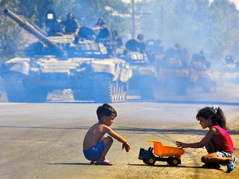 Порошенко: Напад Росії на Грузію був прологом до війни проти України