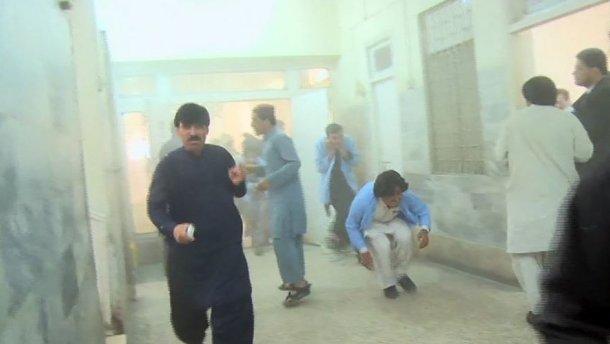 Теракт в пакистанській лікарні: загинуло щонайменше 25 осіб