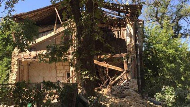 У Києві обвалився будинок (ФОТО)