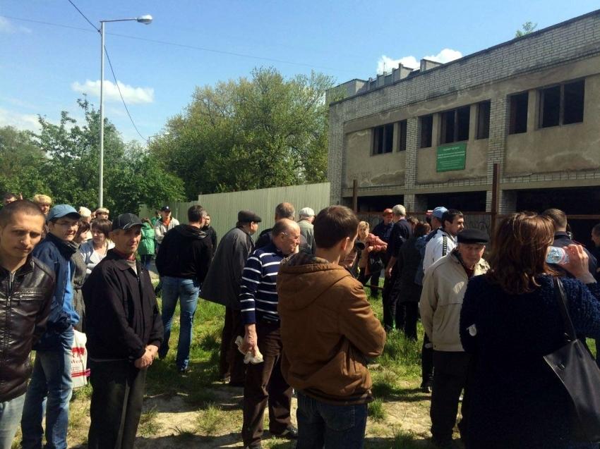 У Львові – бійка між мешканцями та забудовником. Патрульні застосували зброю