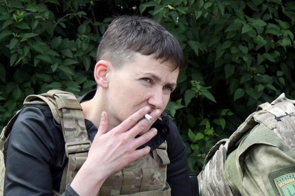 Колишня полонена терористів розповіла нікому невідому правду про Савченко