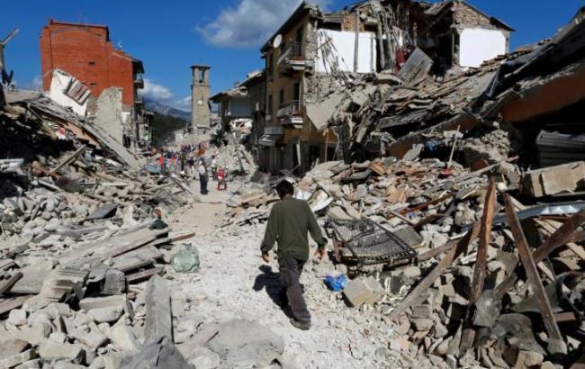 Число жертв землетрусу в Італії зросло до 281 особи