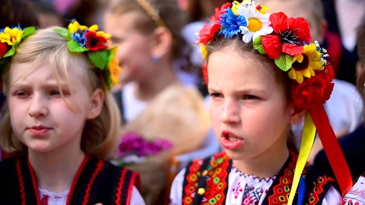 У «ДНР» школярі зустріли «мера» окупантів скандуванням «Горлівка – це Україна»