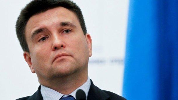 Клімкін розповів, хто насправді управляє окупованим Донбасом