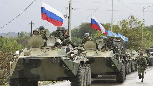 Росія розгортає польовий табір на кордоні з Україною