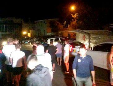 Спецоперація поліції в Одесі: невідомі захопили заручників (ФОТО)