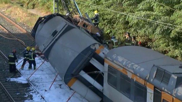 В Іспанії потяг зійшов з рейок – загинули 4 людей
