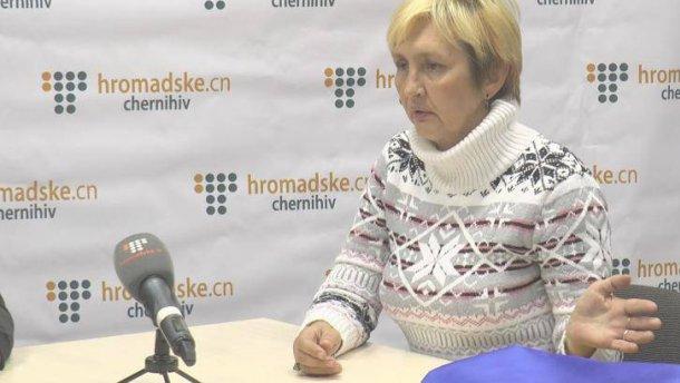 Над жінкою-медиком, яка була в полоні на Донбасі, познущались у Чернігові