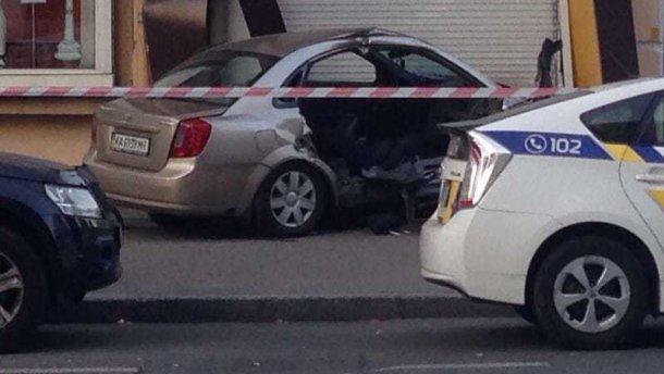 Помер пасажир таксі, яке протаранило поліцейське авто