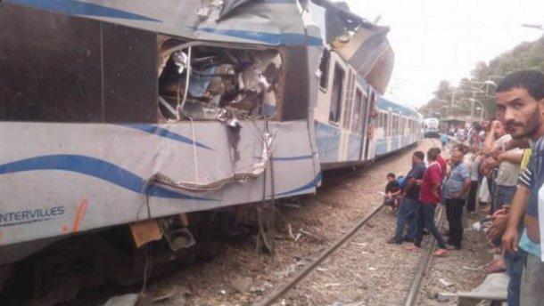 Два потяги зіткнулись в Алжирі: є загиблі і десятки поранених (ФОТО, ВІДЕО)