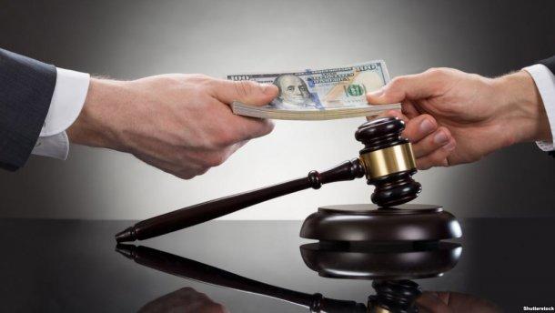 Прокурор ГПУ попався на хабарі у 200 тисяч доларів
