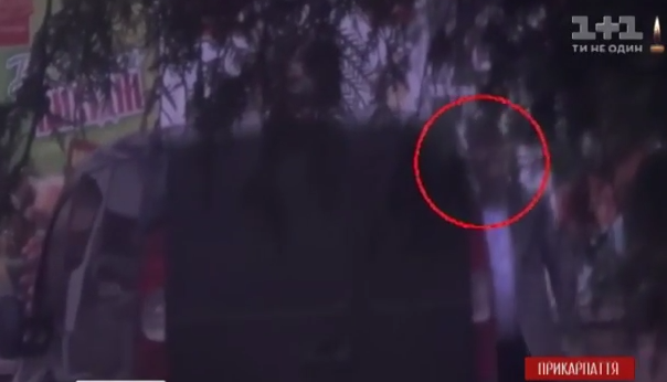 Перескочив паркан і зник: гонитва за п'яним поліцейським